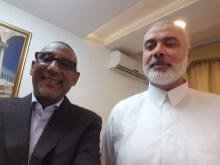ولد الإمام الشافعي نشر صورا تظهره مع عدد من قادة حركة المقاومة الإسلامية حماس