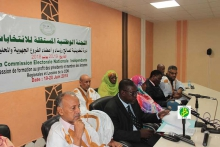نائب رئيس لجنة الانتخابات عثمان ولد بيجل خلال كلمته في افتتاح التكوين (وما)