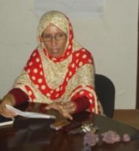 رئيسة منظمة النساء معيلات الأسر آمنة بنت المختار (الأخبار - أرشيف)