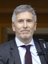 فيرناندو كراند مارلاسكا: وزير الداخلية الإسباني.