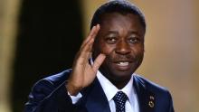 افور اغناسينغبي رئيس التوغو, الرئيس الدوري للإيكواس.