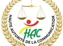 السلطة العليا للاتصال المكلفة بتنظيم قطاع الإعلام في مالي تهدد بإغلاق 47 إذاعة خاصة.