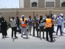 جانب من الوقفة الاحتجاجية للشباب ضد انقطاع الكهرباء زوال اليوم/ الأخبار