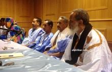 الرئيس الدوري لائتلاف أحزاب الأغلبية الشيخ عثمان ولد الشيخ أحمد أبو المعالي مع قادة أحزاب ائتلاف الأغلبية (الأخبار - أرشيف)