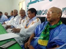نائب رئيس المنتدى موسى افال خلال حديثه في المؤتمر الصحفي بنواكشوط (الأخبار)