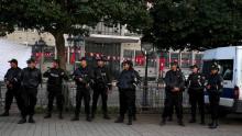 عناصر من الشرطة التونسية.