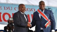 من اليمين الرئيس الكونغولي الحالي فيليكس تشيسكيدي، والرئيس السابق للبلاد جوزيف كابيلا