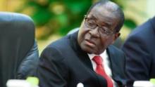 روبيرت موغابي.