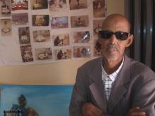 الفنان التشكيلي محمد ولد سيدي محمد البخاري ـ (الأخبار)