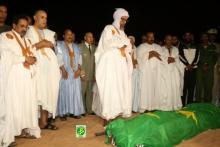 صلاة الجنازة على الرئيس الراحل في جامع ابن عباس بنواكشوط (وما)