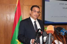وزير الصيد والاقتصاد البحري عبد العزيز ولد الداهي