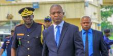 إيمانويل رامازاني شاداري: مرشح السلطة بالكونغو الديمقراطية.