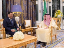 وزير الاقتصاد والمالية الموريتاني المختار ولد اجاي والعاهل السعودي سلمان بن عبد العزيز.