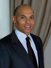 كريم واد نجل الرئيس السنغالي السابق عبد الله واد.