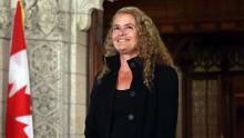 لكندا جولي باييت: الحاكمة العامة لكندا.