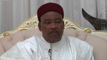 الرئيس النيجري محمدو إسوفو، الرئيس الدوري لمجموعة دول الساحل.