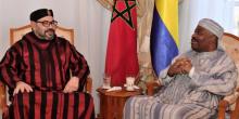 الرئيس الغابوني علي بونغو أونديمبا والعاهل المغربي محمد السادس خلال زيارة سابقة له بمستشفى بالرباط.
