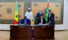 وزير النفط الموريتاني والسنغال لدى توقيعهما اتفاقية بنواكشوط فبراير 2018.