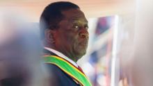 الرئيس الزيمبابوي: روبيرت موغابي.
