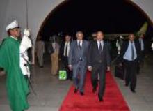 الرئيس الموريتاني محمد ولد عبد العزيز لدى عودته من أديس أبابا.