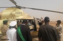 ولد عبد العزيز خلال زيارته إلى هامد بالعصابة في 23 إبريل 2015 ـ (أرشيف الأخبار)
