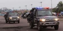سيارات تابعة للشرطة خلال أحداث عنف سابقة بكينشاسا.
