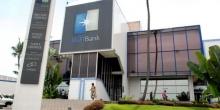 مبنى إحدى وكالات البنك الغابوني الفرنسي الدولي بالعاصمة ليبرفيل.