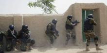 جنود نيجريون خلال تمرين حول تحرير المختطفين - مارس 2015.