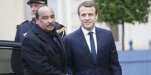 الرئيسان الموريتاني محمد ولد عبد العزيز والفرنسي إيمانويل ماكرون.