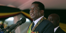 إميرسون منانغاغوا: رئيس زيمبابوي.