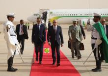ولد الغزواني خلال عودته من آخر سفر خارجي له إلى أديس بابا للمشاركة في قمة الاتحاد الإفريقي (وما)