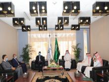 وزير الشؤون الاقتصادية وترقية القطاعات الإنتاجية خلال لقائه مع رئيس الصندوق السعودي للتنمية (وما)