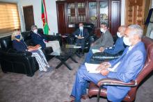 وزير العدل خلال لقائه مع السفير رئيس بعثة الاتحاد الأوربي بموريتانيا (وما)