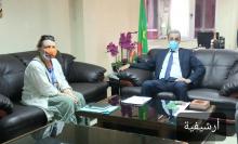 """وزير التنمية الريفية ادي ولد الزين، وممثلة منظمة الأمم التحدة للأغذية والزراعة """"الفاو"""" في نواكشوط إيرينا بوتود"""