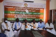 قادة الميثاق خلال نقطة صحفية اليوم الجمعة في مقر منظمة نجدة العبيد (الأخبار)