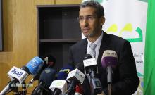 وزير المالية الموريتاني محمد الأمين ولد الذهبي خلال مؤتمر صحفي سابق (الأخبار - أرشيف)