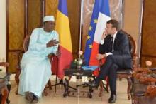 الرئيسان الفرنسي إيمانويل ماكرون واتشادي إدريس ديبي.