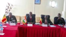 وزراء العدل بالنيجر ومالي واتشاد خلال لقاء مشترك بالعاصمة نيامي.