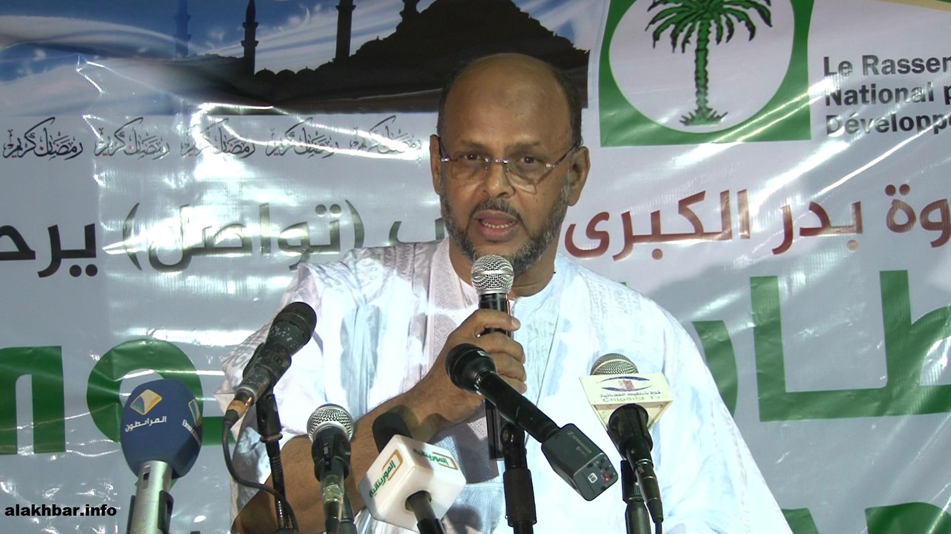 القيادي في منتدى المعارضة والرئيس السابق لحزب تواصل محمد جميل ولد منصور